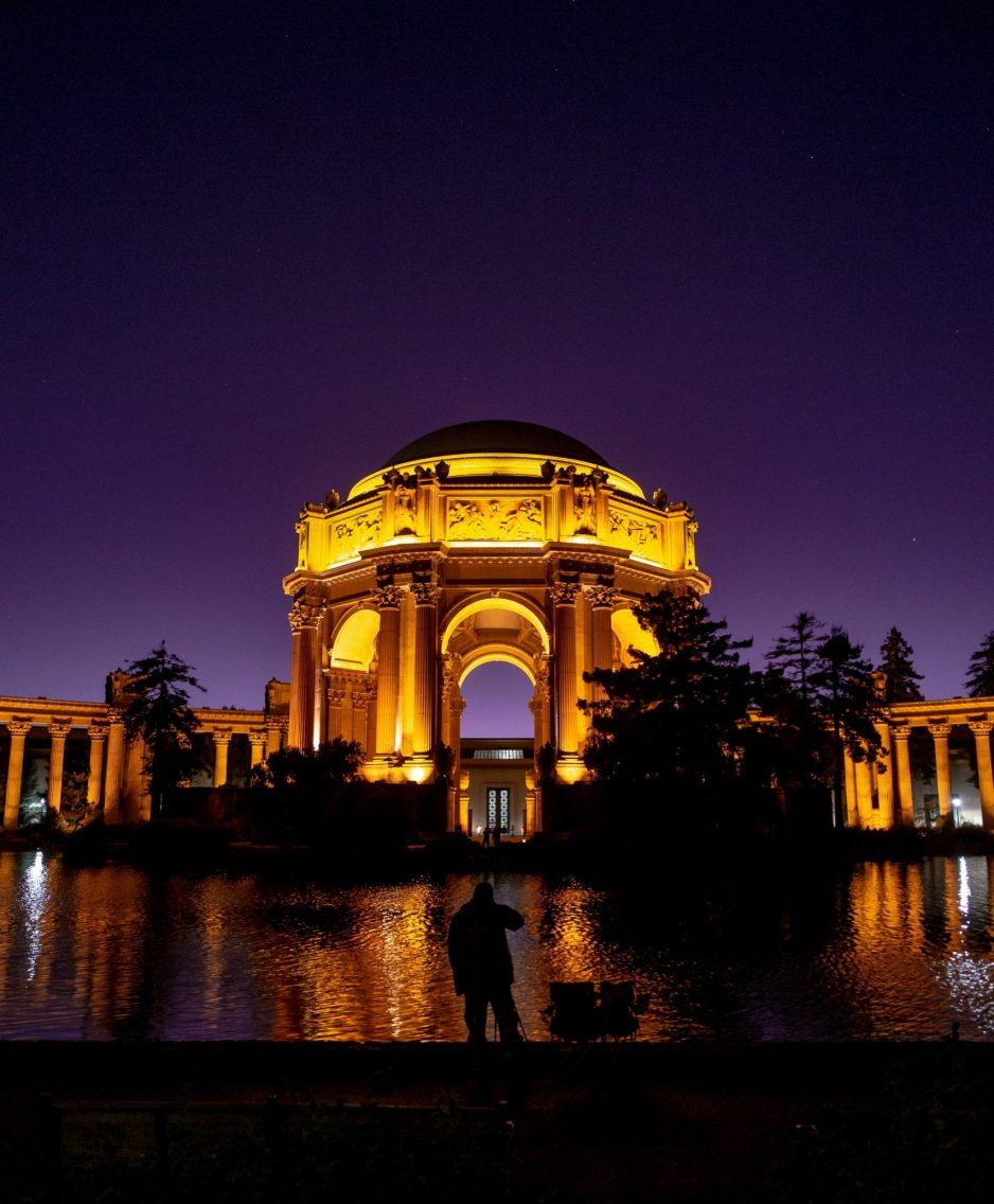 night-light-monument